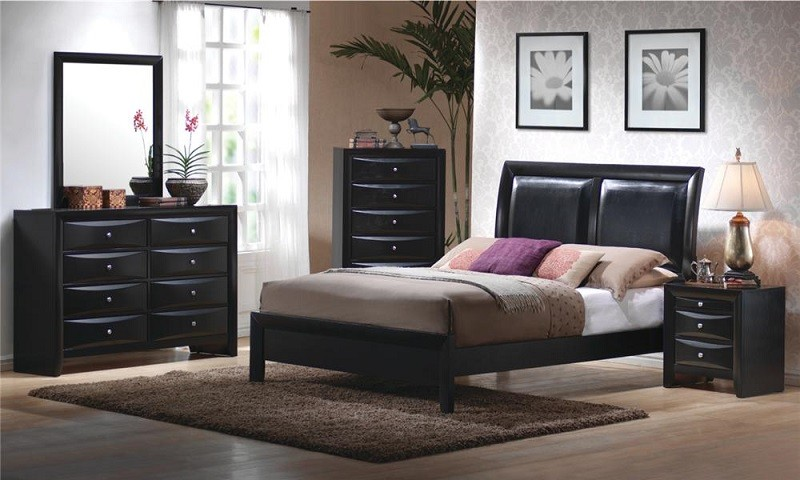 Briana 4-piece Bedroom Set