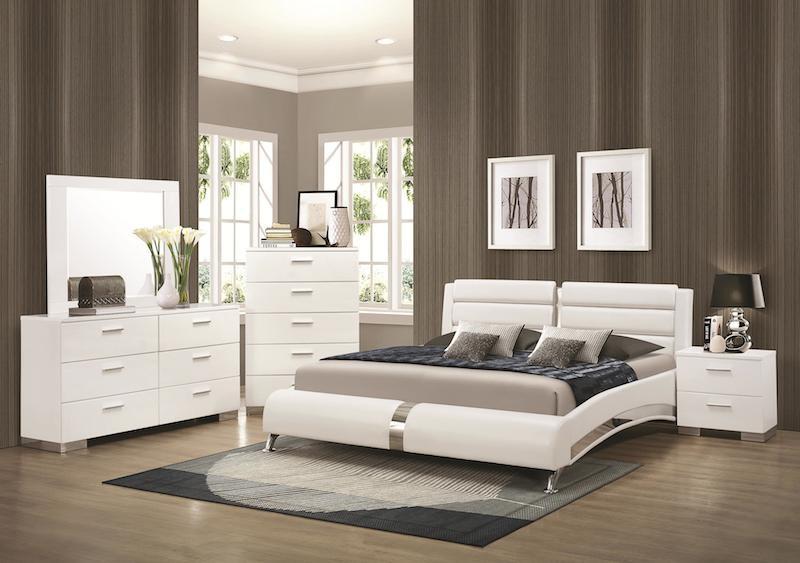 Jeslyn White 4-Piece Bedroom Set