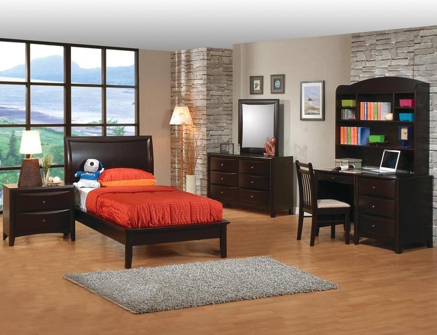 Phoenix 4-Piece Bedroom Set
