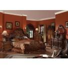 Dresden Cherry oak Finish 4-Piece Bedroom Set